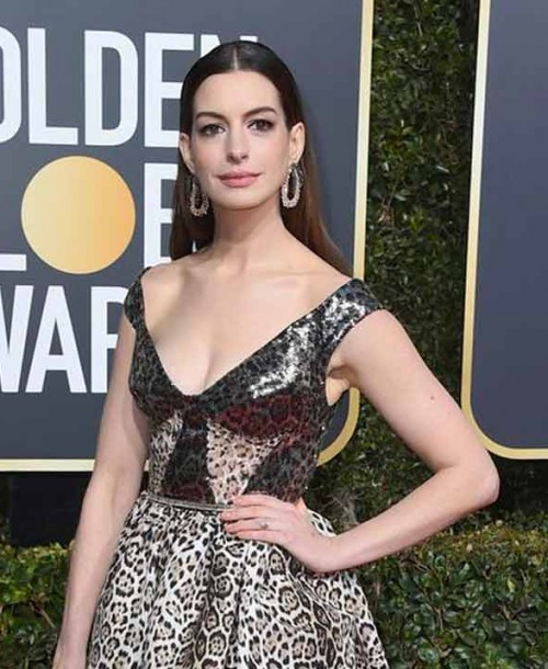 Anne Hathaway confirma su segundo embarazo