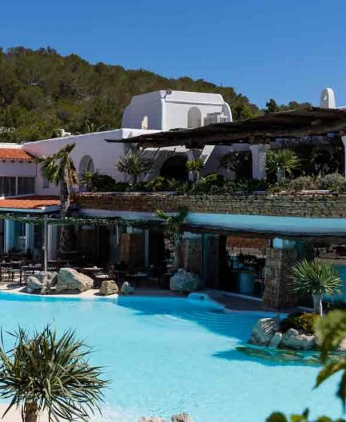 Diez formas inolvidables de dar el sí quiero en Ibiza