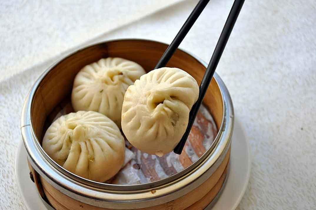 Disfruta de los auténticos sabores de China en la terraza de El Bund