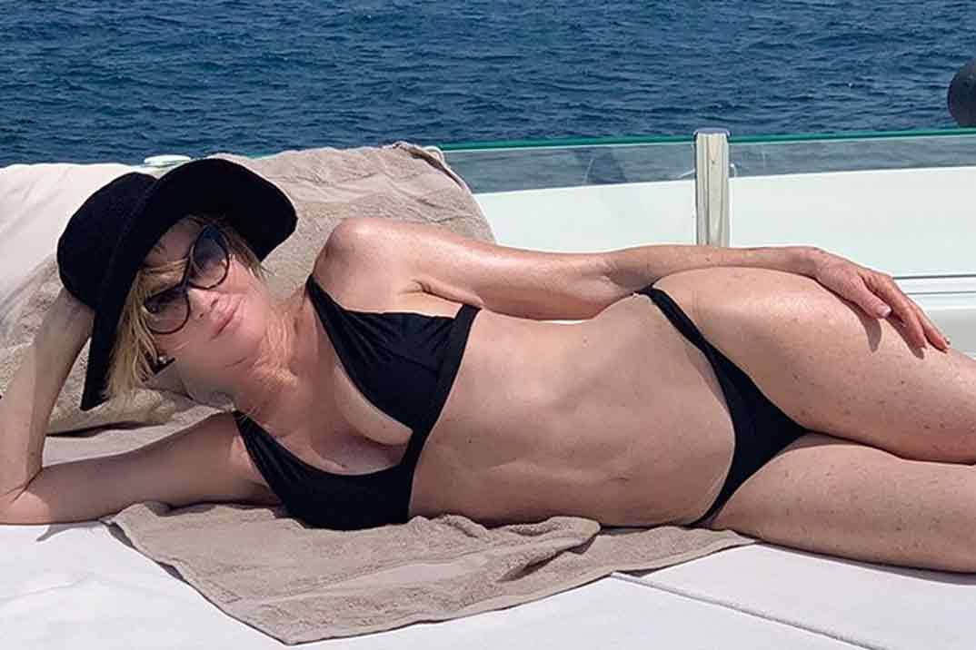 Melanie Griffith disfruta de sus vacaciones en Ibiza