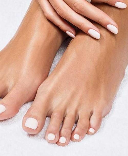 Pedicuras de verano para lucir con sandalias