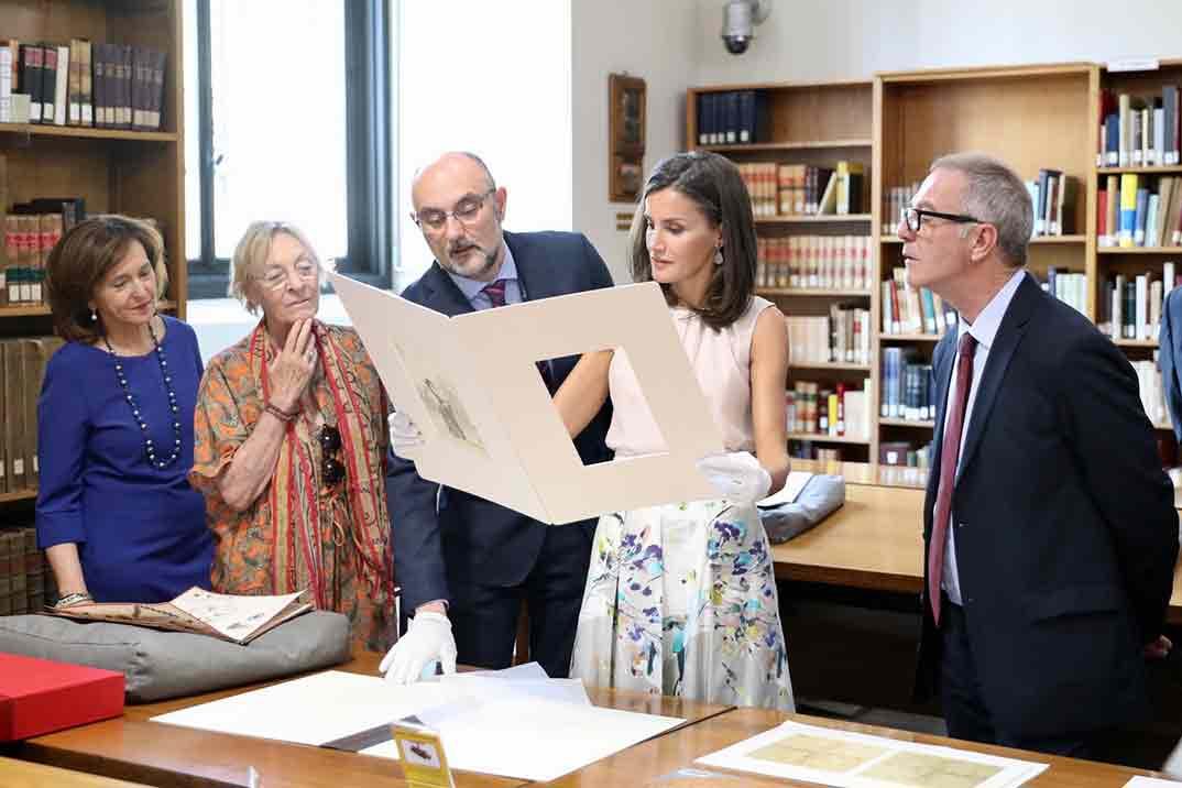 Reina Letizia en la Biblioteca Nacional - Casa S.M. El Rey
