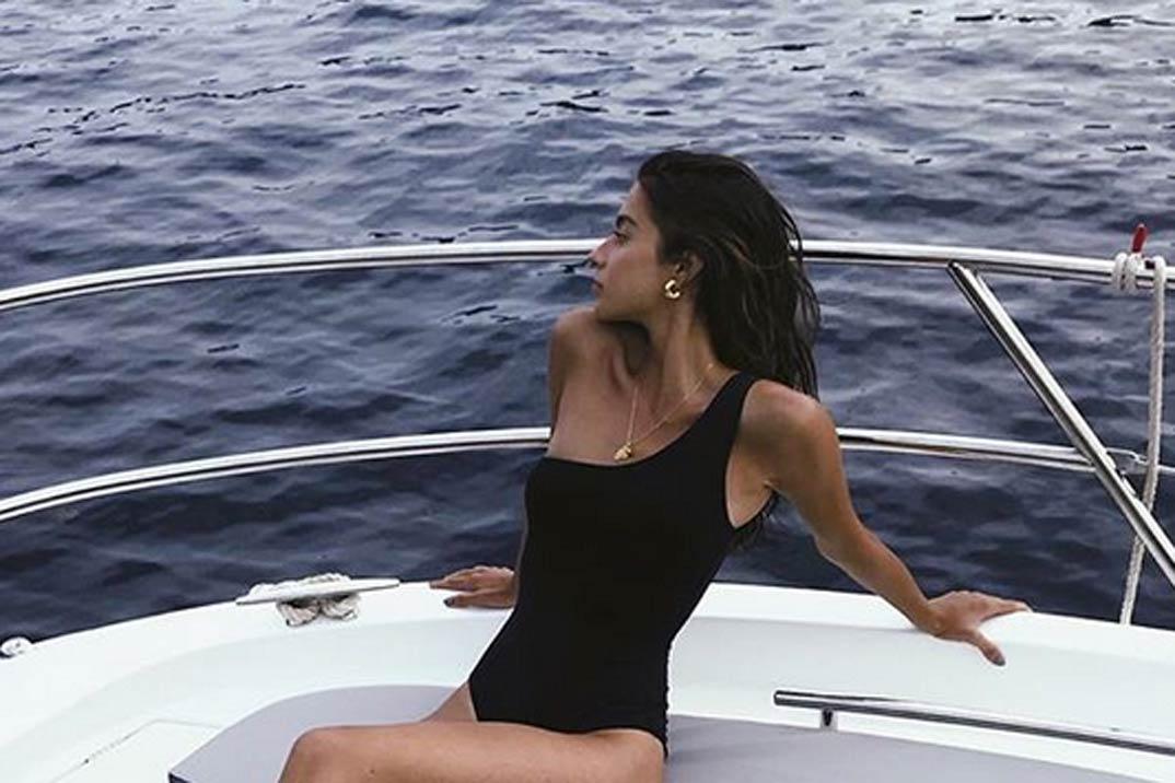 Así lucen las famosas el bikini o bañador este verano