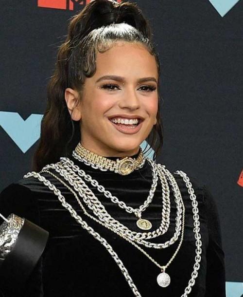 Rosalía hace historia en los VMAs