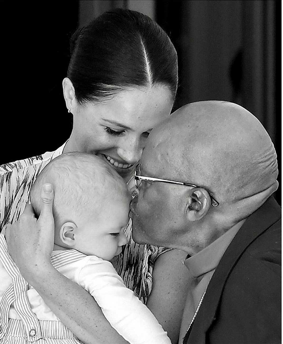 Los duques de Sussex con el pequeño Archie en Sudáfrica © sussexroyal/Instagram