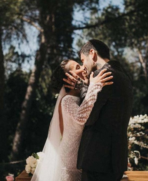 Julia Nakamatsu, esposa de Melendi, muestra una foto muy especial del día de su boda