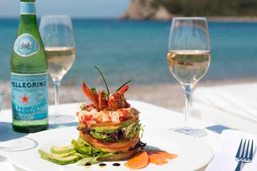 Los mejores restaurantes y hoteles de Ibiza para una escapada perfecta