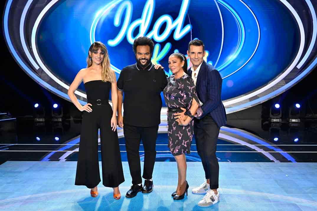 Idol Kids - Edurne, Carlos Jean, Isabel Pantoja y Jesús Vázquez © Mediaset