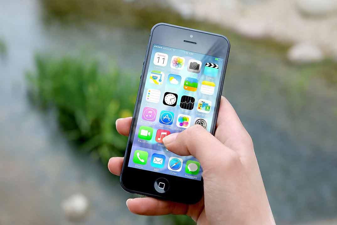Qué necesitas saber cuando vas a comprar tu primer iPhone