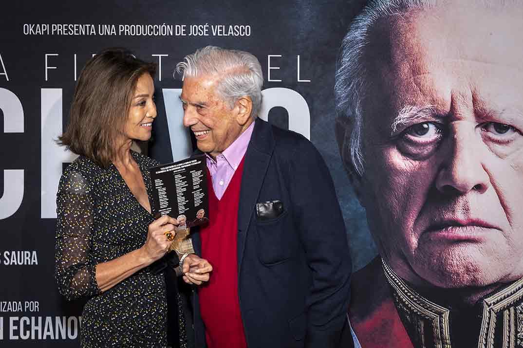 Isabel Preysler y Mario Vargas Llosa - La fiesta del Chivo