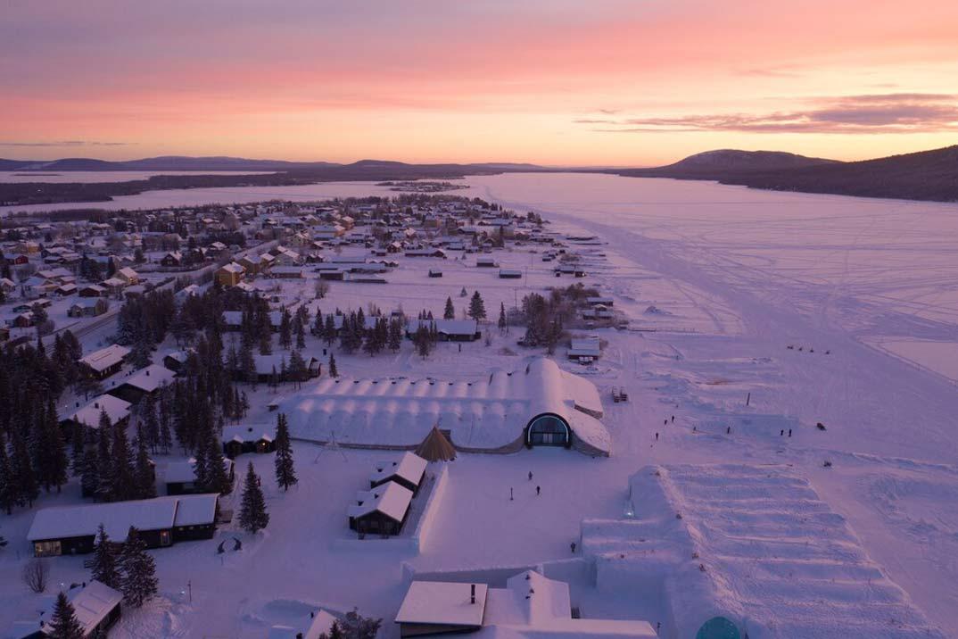 Icehotel-Suecia_(4)