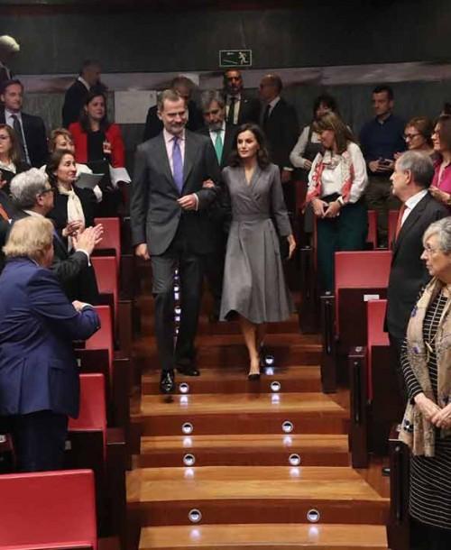 La reina Letizia recibe el Premio del Observatorio contra la Violencia Doméstica y de Género 2019