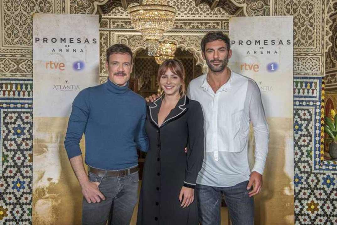 Andrea Duro, Daniel Grao, Francesco Arca - Promesas de arena © RTVE