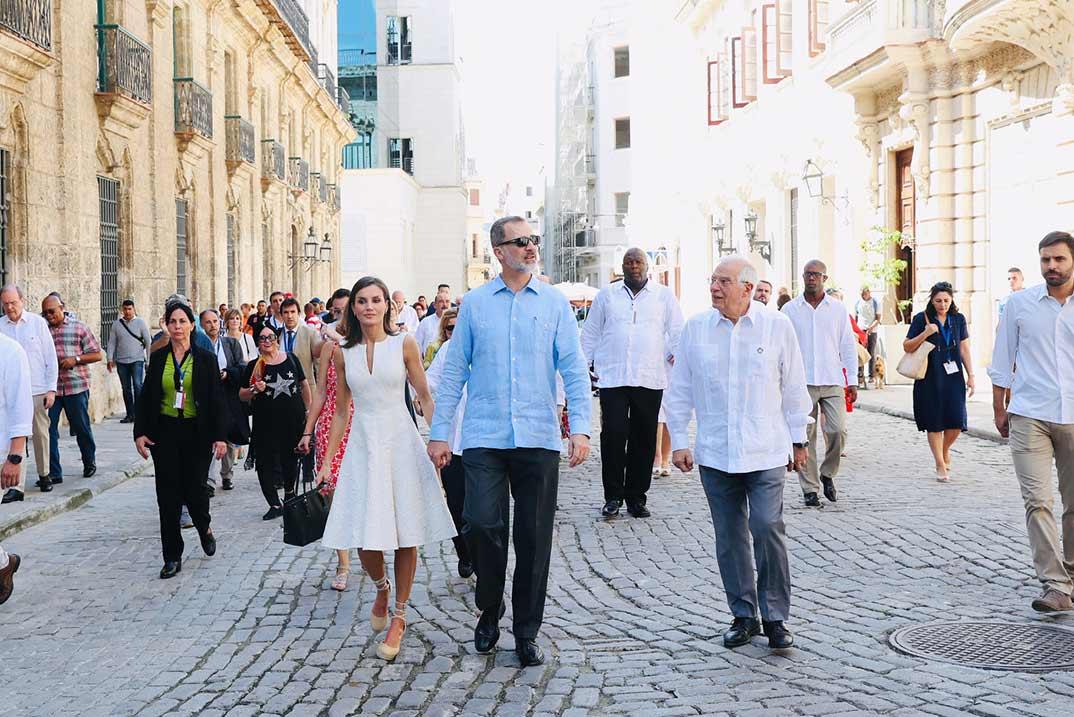 El paseo de los Reyes por las calles de Cuba
