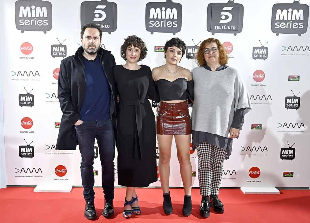 Aitor Gabilondo, Aída Folch, Carla Díaz y Arantxa Écija - Madres - Mediaset