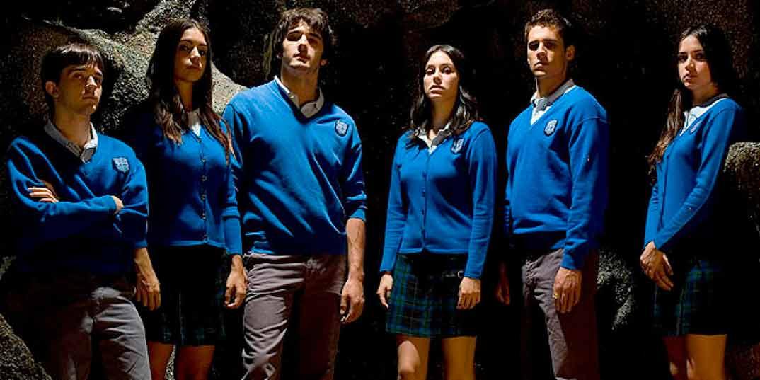 Elena Furiase, Jon González, Blanca Suárez, Martín Rivas y Ana de Armas - El Internado