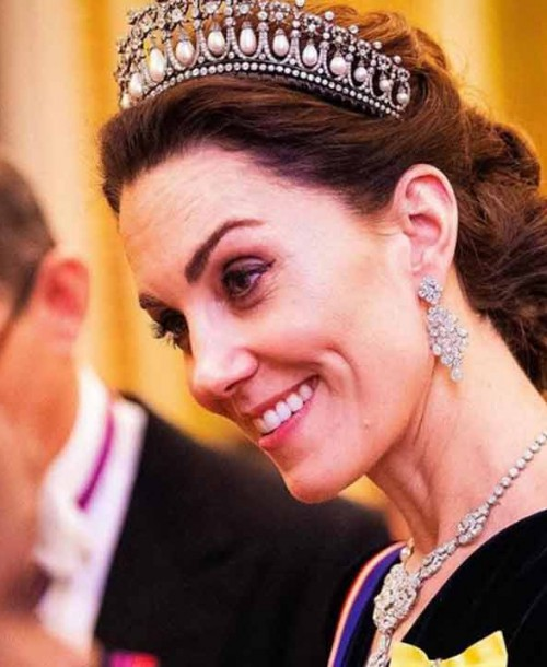 Kate Middleton rinde homenaje a Lady Di