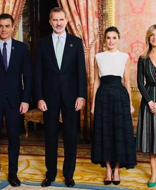 La reina Letizia apuesta por la moda sostenible