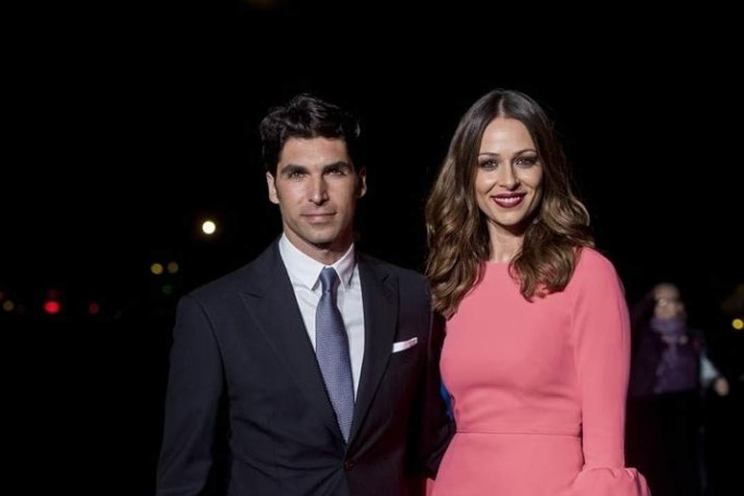 Eva González y Jon Kortajarena los mejor vestidos de 2019