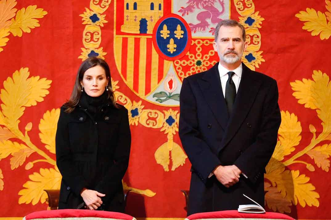 Los Reyes asisten al funeral de la Infanta doña Pilar