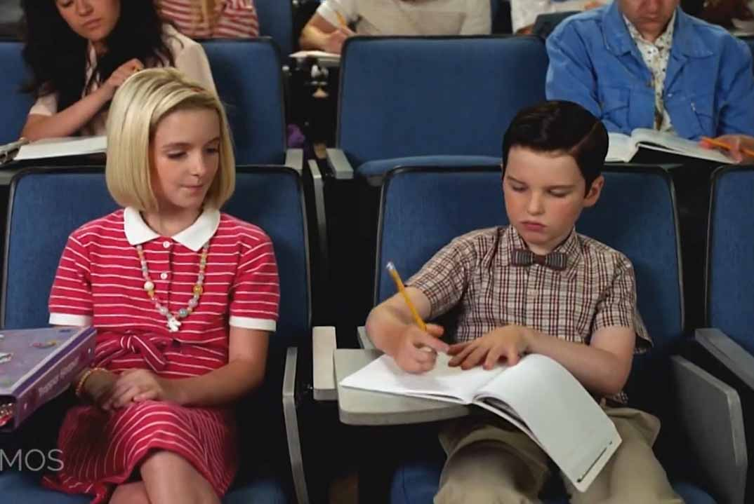 """""""El joven Sheldon"""" – Temporada 3 Capítulo 12: Purpurina de cuerpo y un kit de seguridad"""