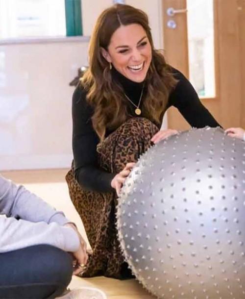 Kate Middleton y su falda de 8 euros de Zara