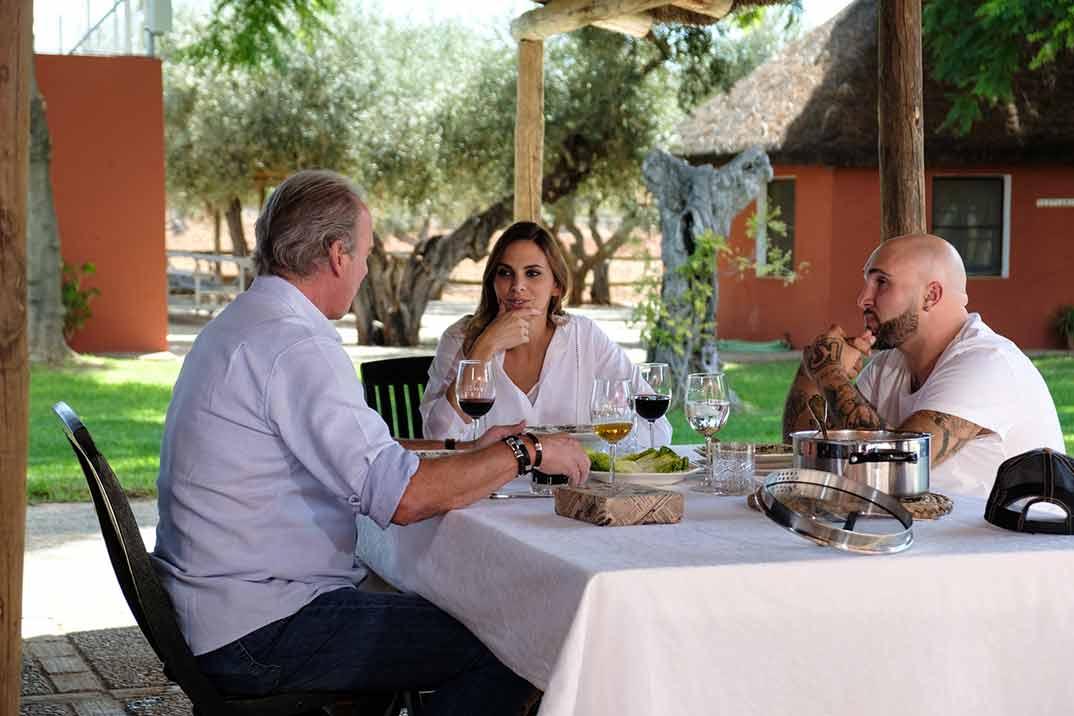 Bertín Osborne con Irene Rosales y Kiko Rivera - Mi casa en la tuya © Mediaset