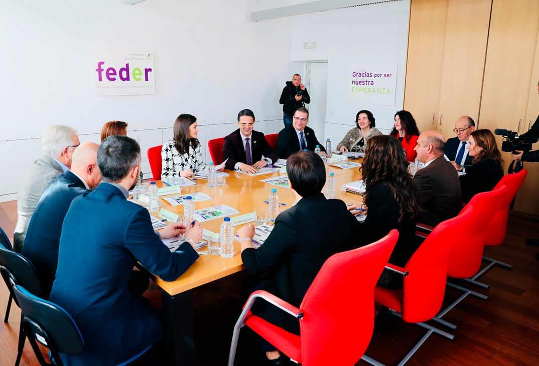 Reina Letizia - Reunión con la Federación Española de Enfermedades Rara (FEDER) © Casa S.M. El Rey