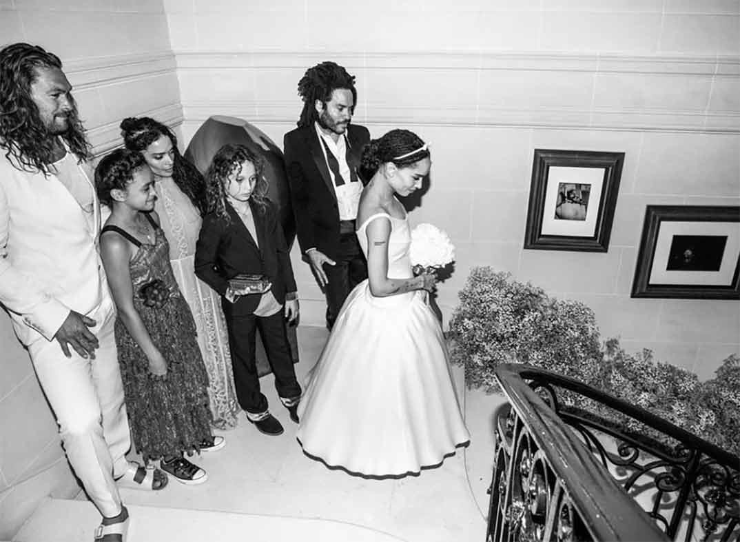 Zoë Kravitz junto a su familia © Instagram