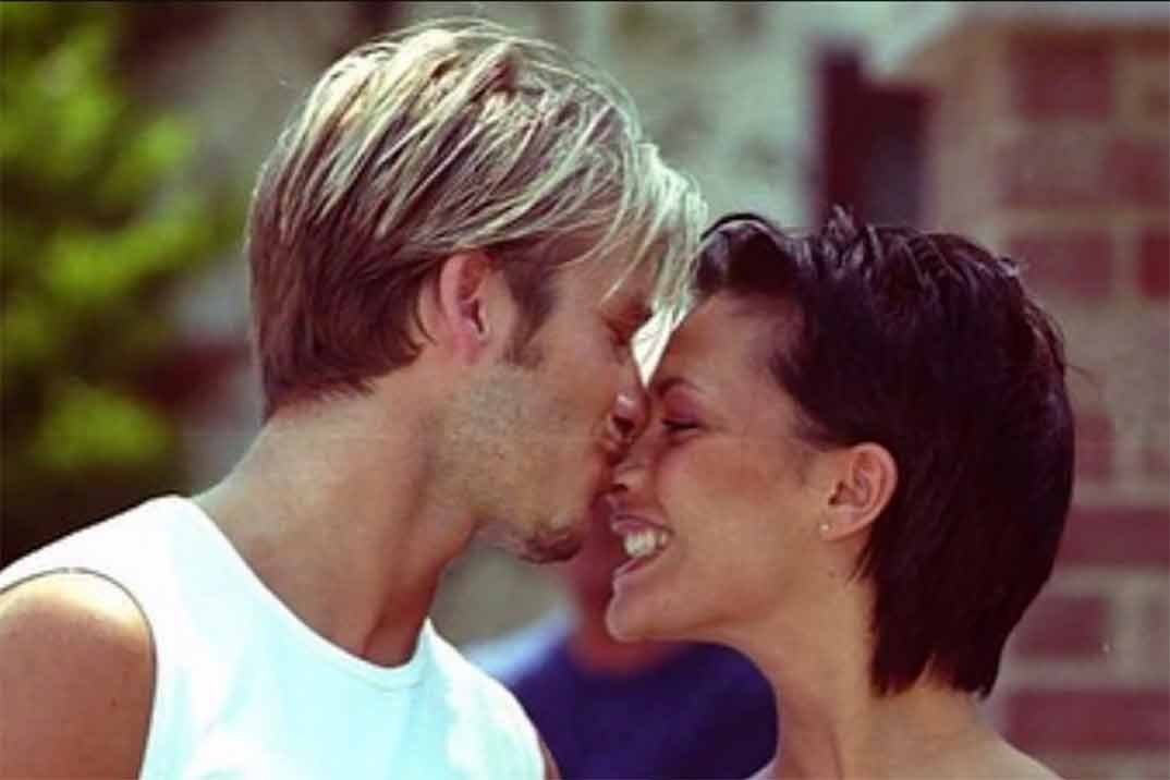 David Beckham cuenta cómo fue su primer beso con Victoria Beckham