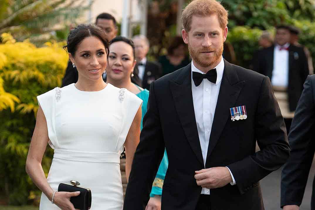 Así es 'Harry y Meghan: crisis en la familia real'
