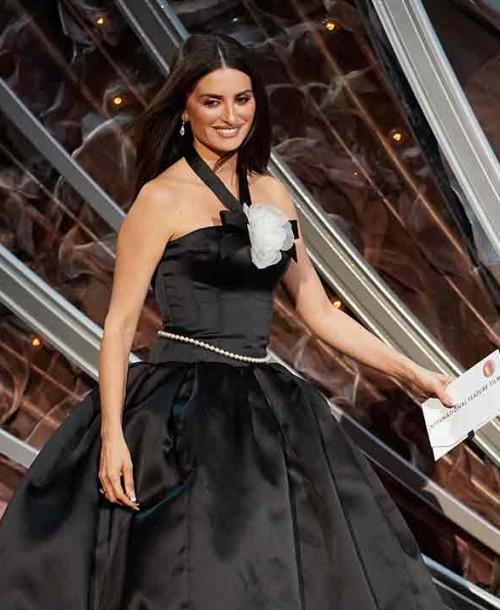 Penélope Cruz se viste de Chanel en los Oscar
