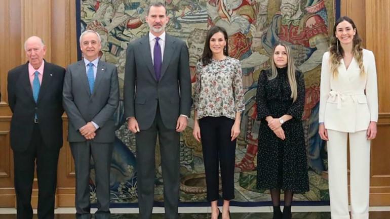 Reyes Felipe y Letizia - Audiencia representantes de Aldeas Infantiles SOS en España © Casa S.M. El Rey
