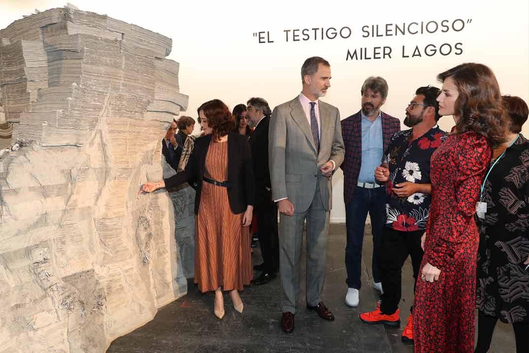 Reyes Felipe y Letizia - ARCO 2020 © Casa S.M. El Rey