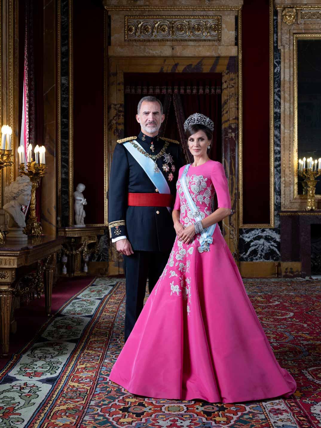 Reyes Felipe y Letizia (Estela de Castro) © Casa de S.M. el Rey