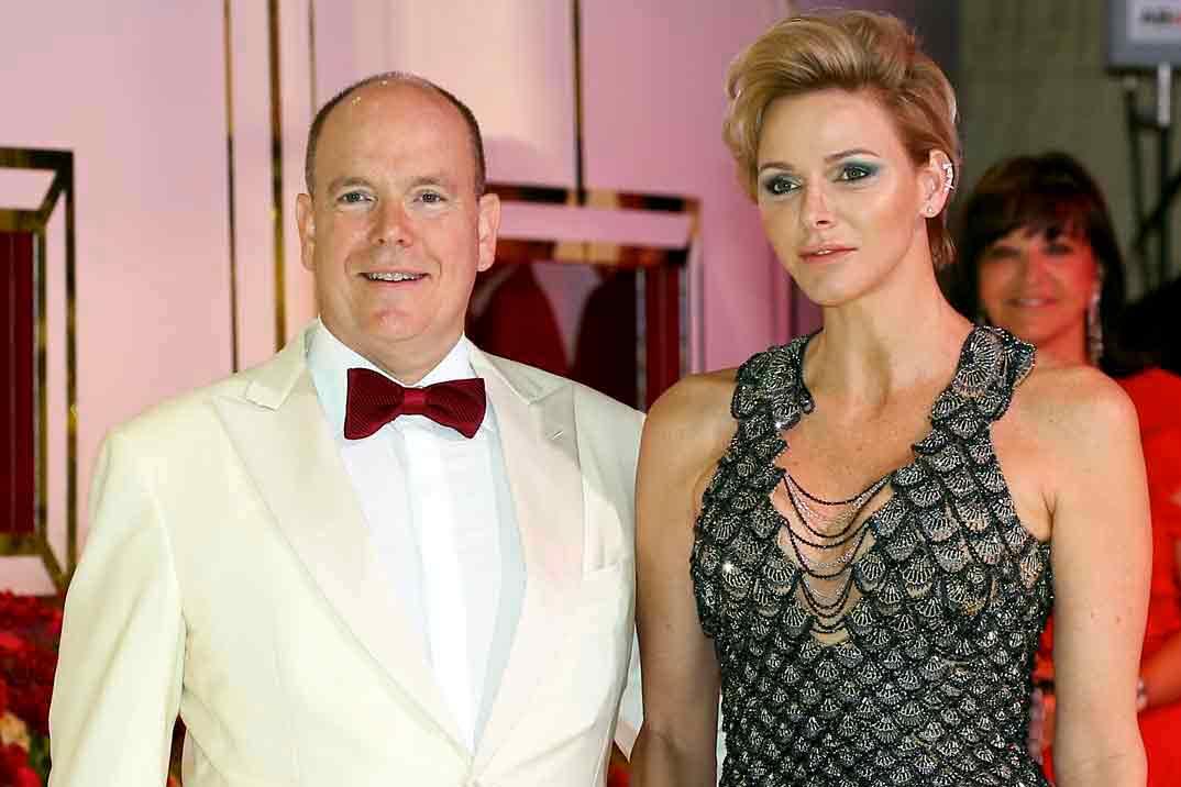 El príncipe Alberto de Mónaco da positivo en coronavirus