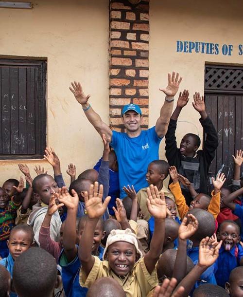 Jesús Vázquez cuenta su experiencia en Ruanda