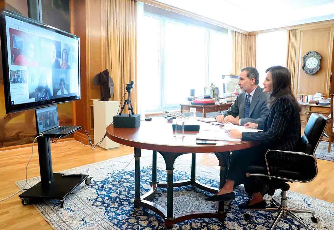 Videoconferencia de los Reyes Felipe y Letizia con el Comité Español de Representantes de Personas con Discapacidad (CERMI) © Casa S.M. El Rey