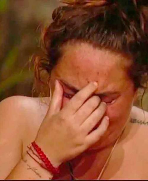 Rocío Flores rompe a llorar al no tener noticias de su madre