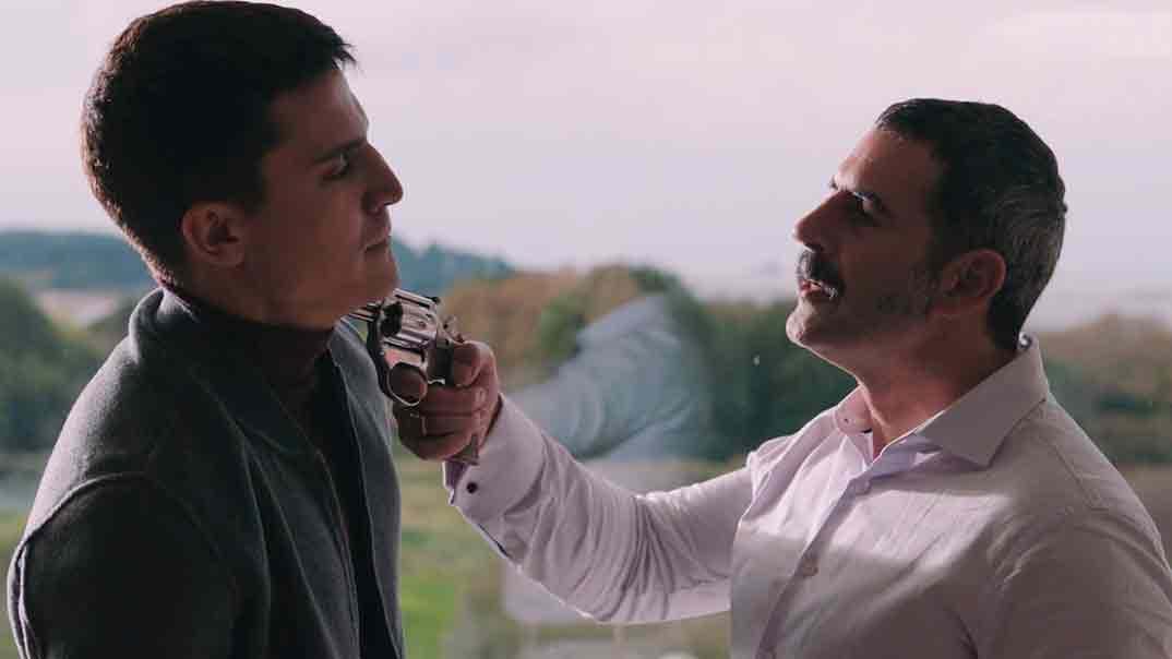 Vivir sin permiso - Temporada 2 - Capítulo 9 © Mediaset