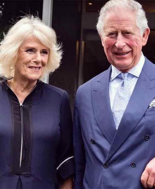 El príncipe Carlos y Camilla celebran su 15 aniversario de boda