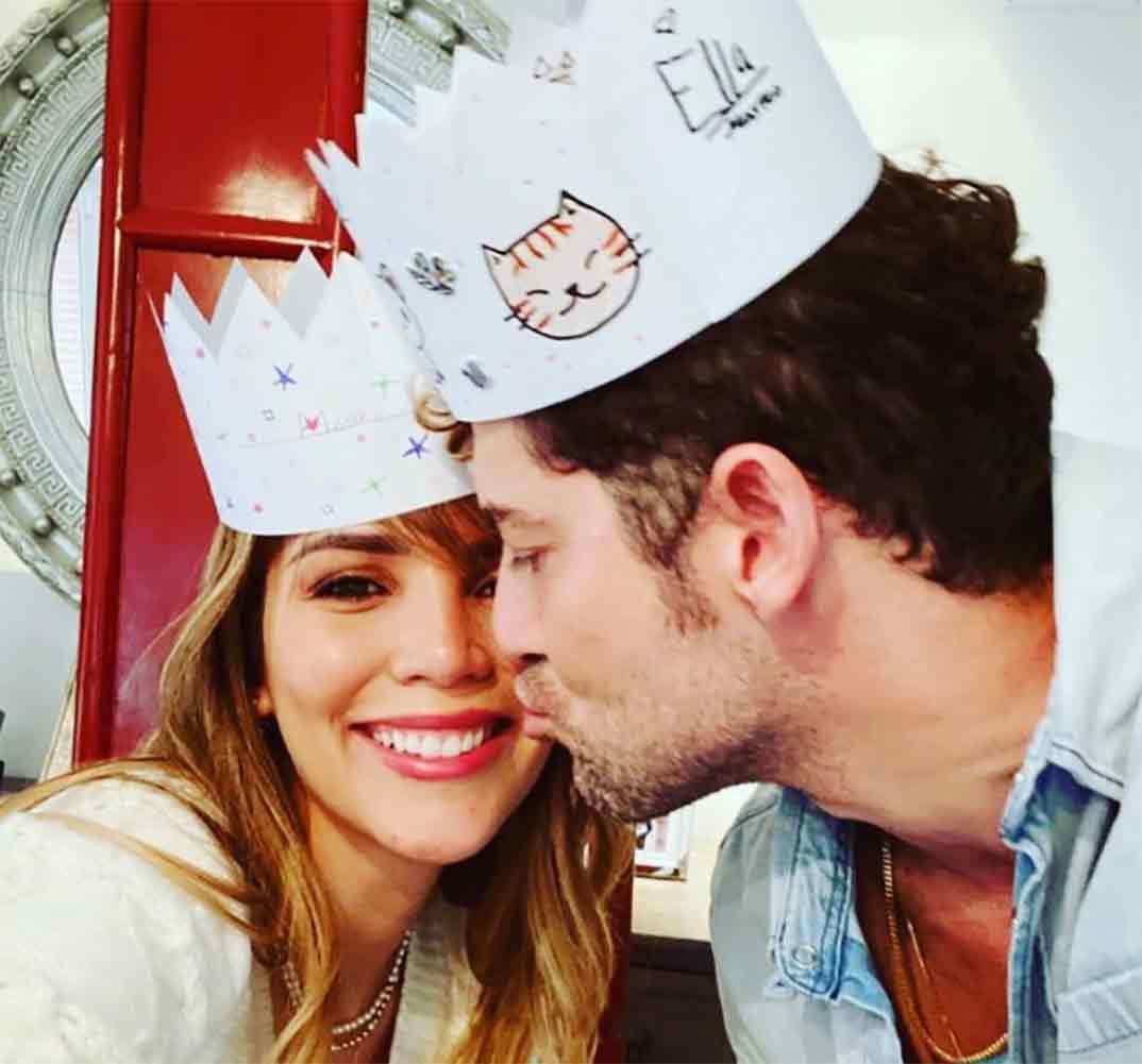 David Bisbal con Rosanna Zanetti © Instagram
