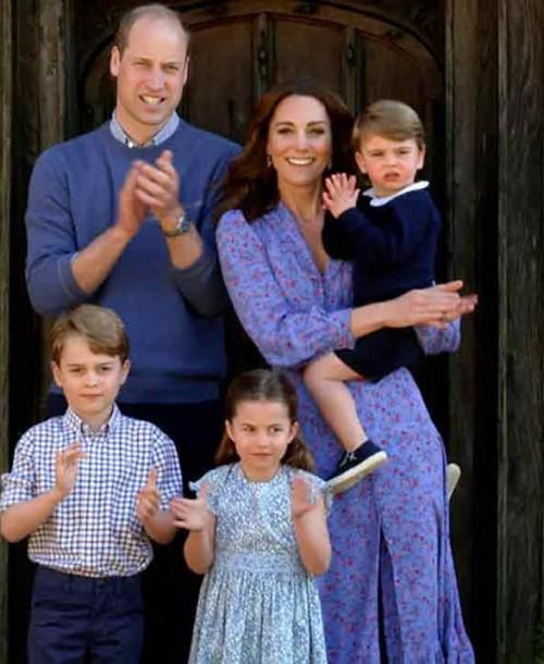 El ideal vestido floral de Kate Middleton con el que se suma a los aplausos solidarios