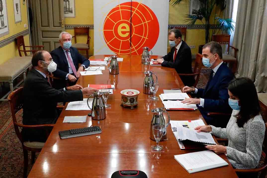 Reyes Felipe y Letizia - Real Instituto Elcano © Casa S.M. El Rey