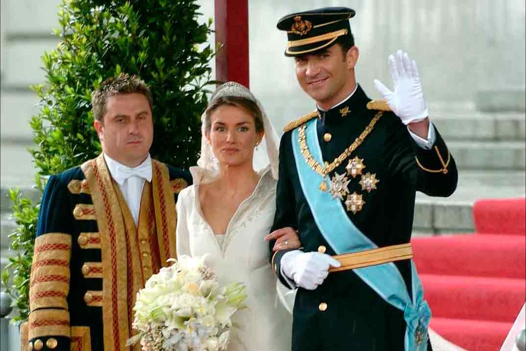 Los reyes Felipe y Letizia celebran su 16 aniversario de boda en confinamiento