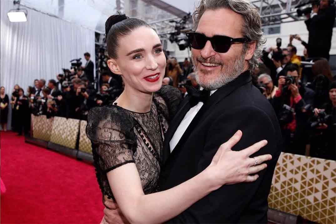 Joaquin Phoenix y Rooney Mara, padres de un niño al que han llamado River