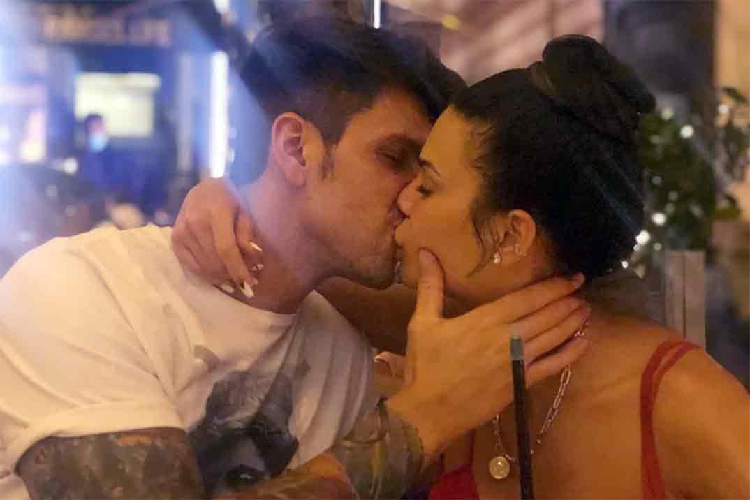 Diego Matamoros y Carla Barber confirman su relación