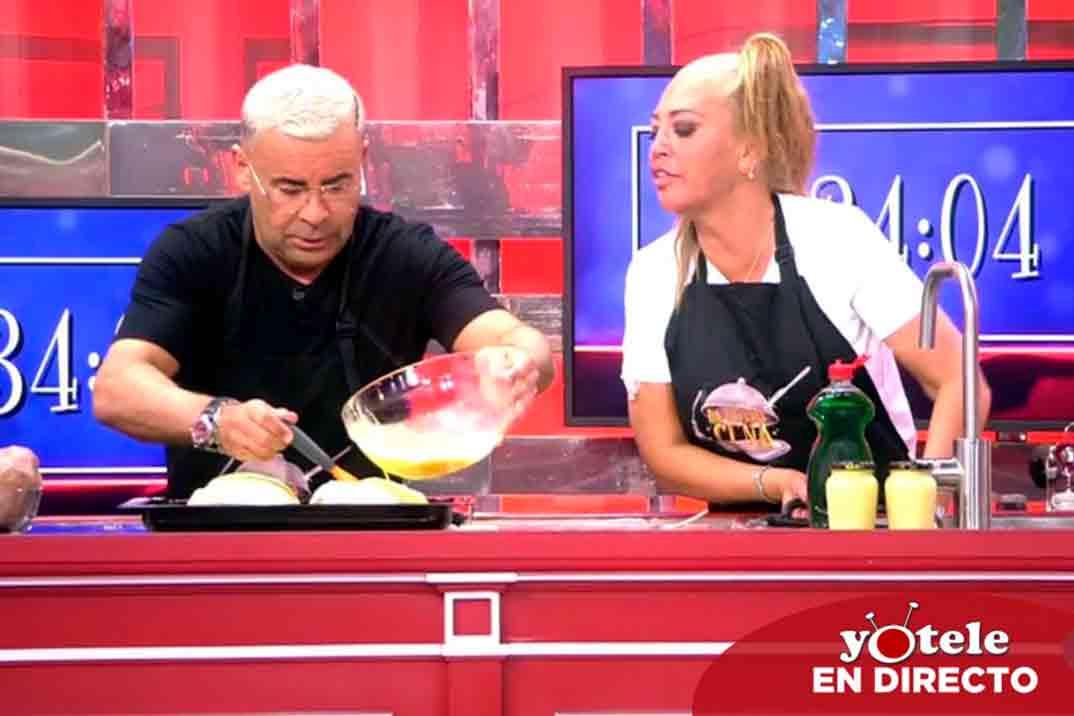 Belén Esteban y Jorge Javier Vázquez se reconcilian en 'La última cena'