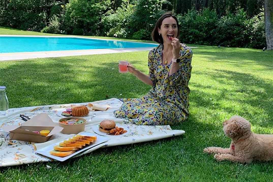 Tamara Falcó tiene el conjunto low cost perfecto para el verano