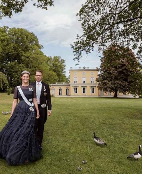 El romántico posado con el que Victoria y Daniel de Suecia celebran su décimo aniversario